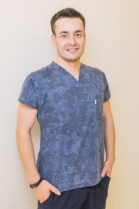Пластический хирург Рустам Курманбаев