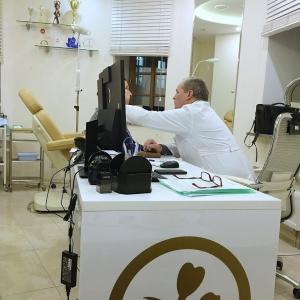 Владимир Наумов пластический хирург
